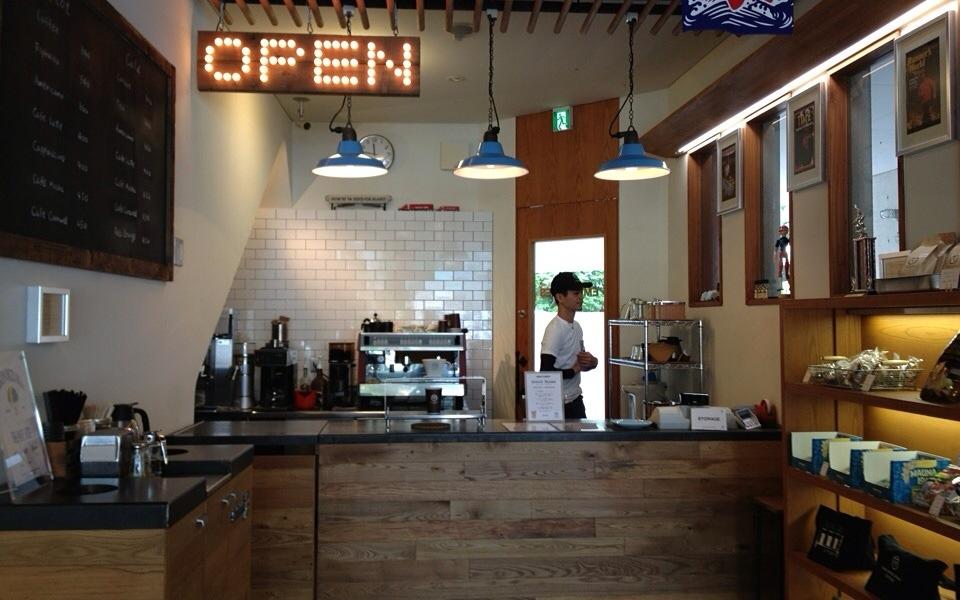清水圭さんがオーナーのアメリカンなお洒落カフェ「柿の木坂コーヒー」に行ってきた!