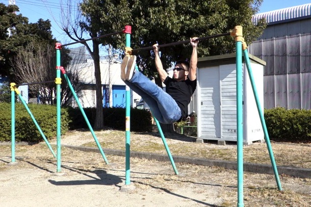 Hanging leg raise03