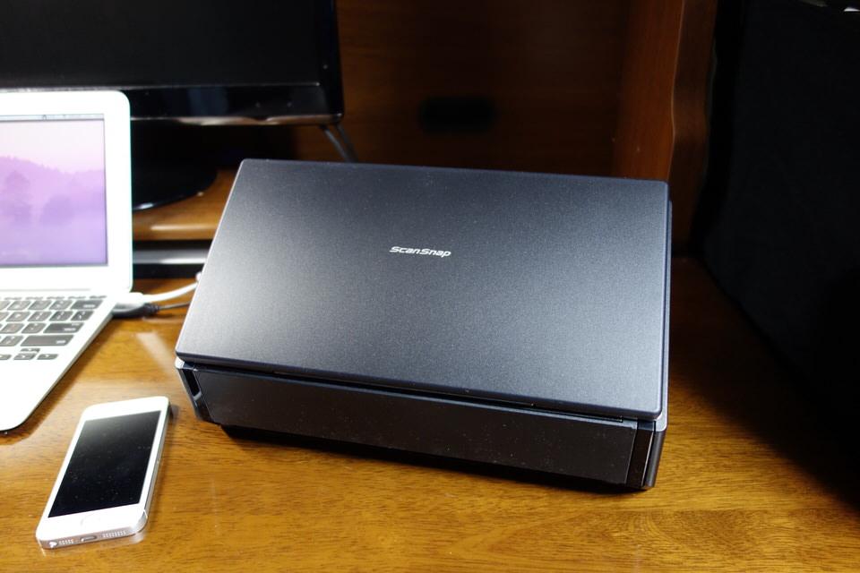 高機能スキャナ「ScanSnap iX500」を購入!溜まりまくった本を自炊する!