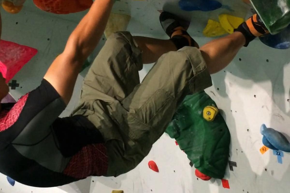 ボルダリング用のパンツはユニクロのカーゴがコスパ最強でおすすめ!