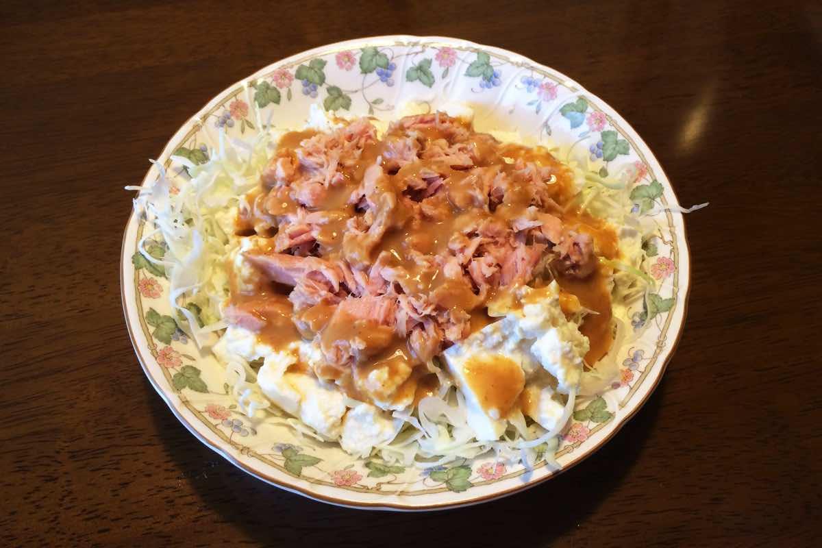 カット野菜で作る安くて美味しいダイエットメニュー「豆腐ツナサラダ」